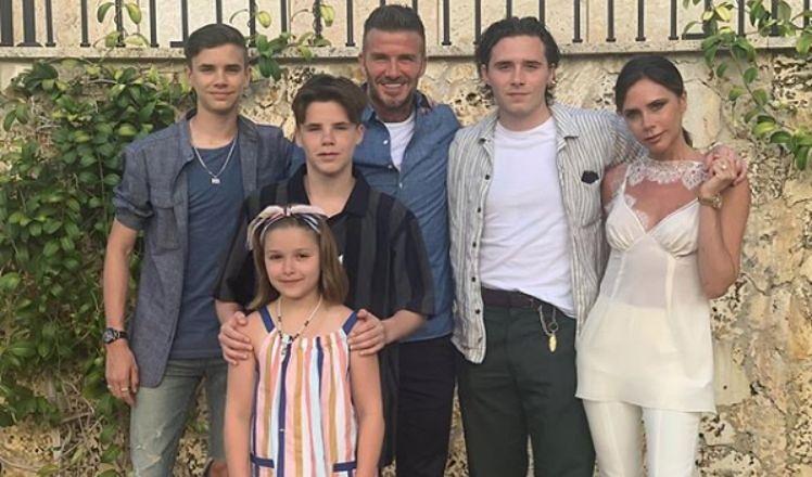 """Beckhamowie ochrzczą dzieci w święta Bożego Narodzenia. """"Będą spektakularne fajerwerki"""""""