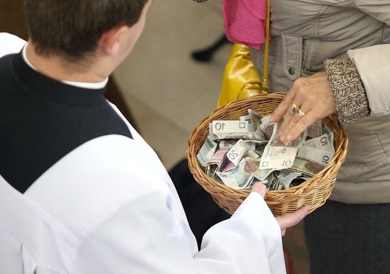 kościół religia taca