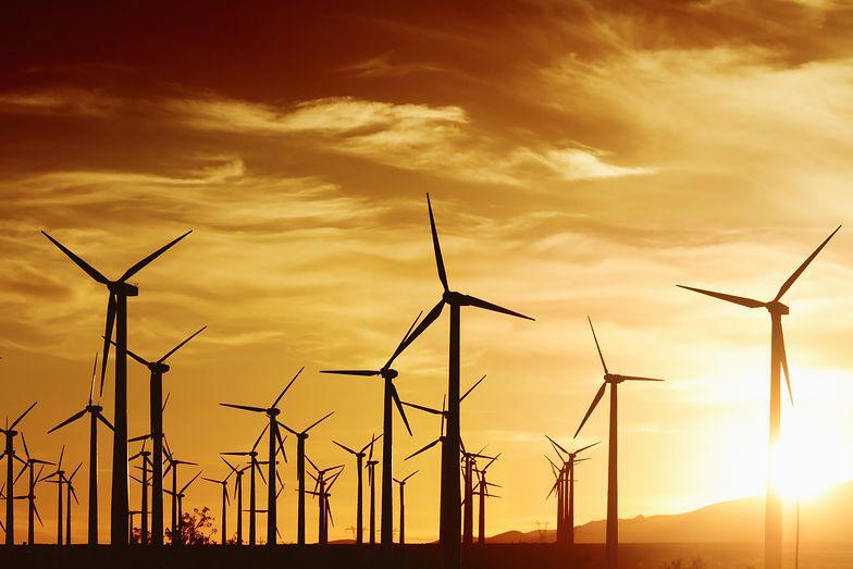 Magazynowanie energii to rozwiązanie, które pozwoli zapewnić stabilność dostaw w sieci.