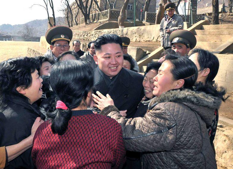 Zaskakujący prezent Kim Dzong Una. Koreanki zachwycone