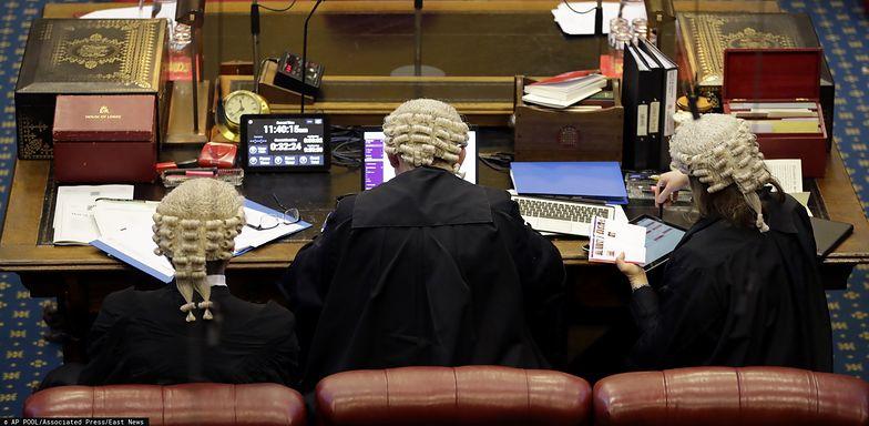Izba Lordów zgłosiła poprawki do umowy brexitowej