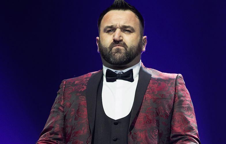 """Półfinalista brytyjskiej wersji show """"X-Factor"""" trafi za kratki"""