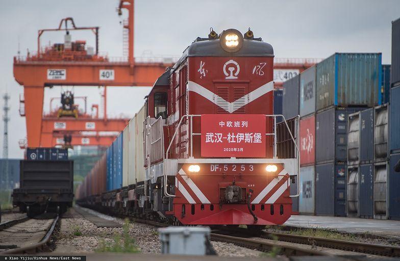 Pociąg towarowy Chiny-Europa zmierzający do Niemiec wyruszył Wuhan.