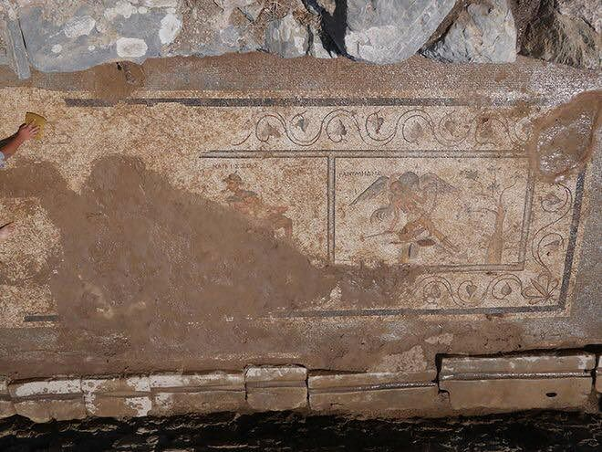 Archeolodzy nie mogli uwierzyć. Sprośne żarty w rzymskich latrynach