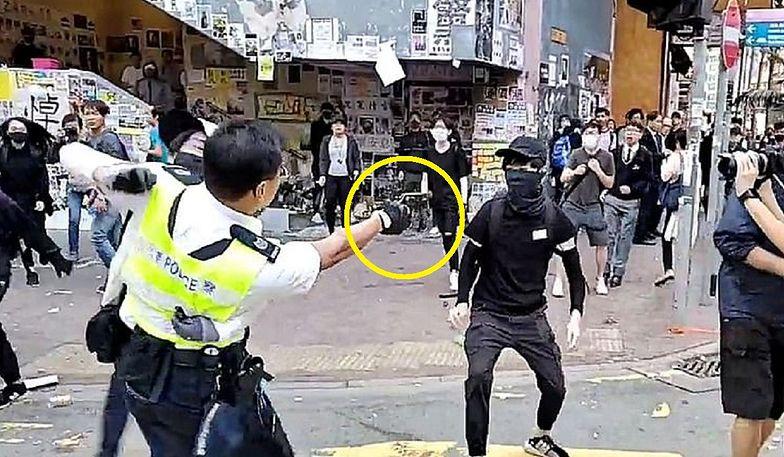 Przerażające zdjęcie obiegło świat. W Hongkongu trwają brutalne starcia na ulicy