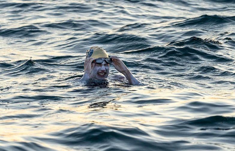 Pokonała raka i pobiła rekord. Przepłynęła kanał La Manche cztery razy bez przerwy