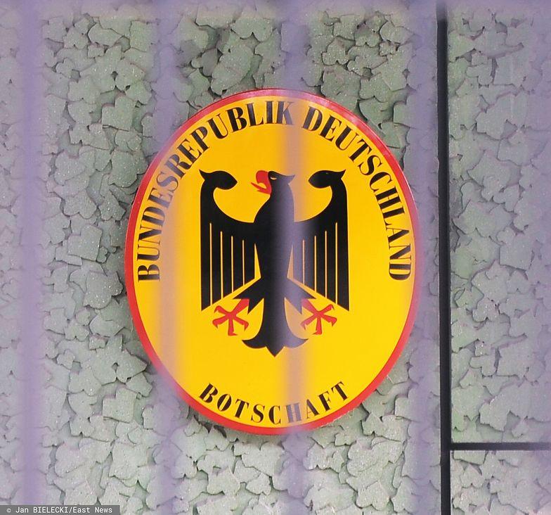 Warszawa. Oburzeni ludzie zwołują się przed ambasadę Niemiec