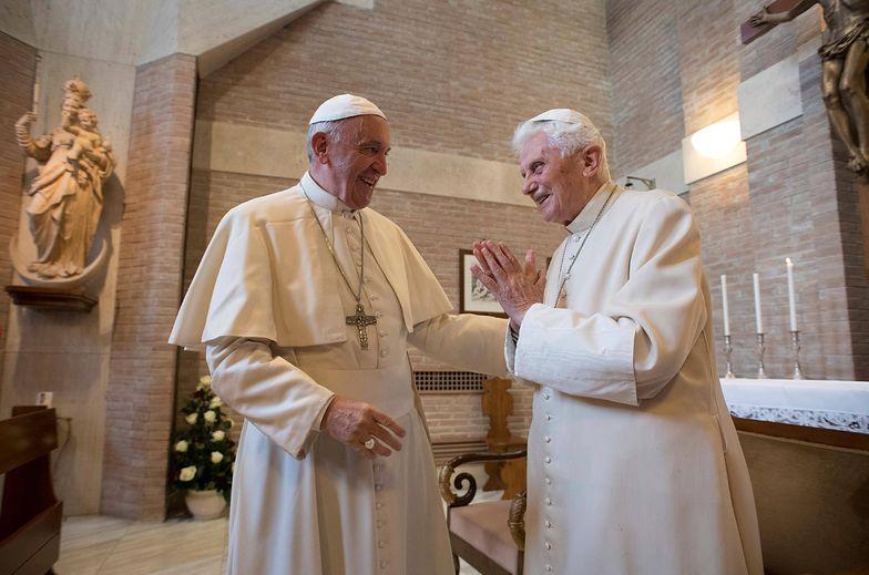 """Model """"byłego papieża"""" poniósł fiasko"""