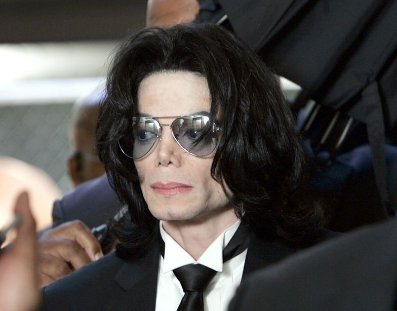 """Szukają """"seksualnej ofiary"""" Michaela Jacksona. Chodzi o milionowy pozew"""