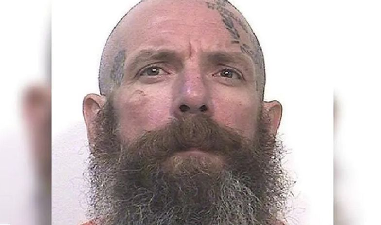 Zabił dwóch pedofilów laską dla inwalidów. Teraz wyjaśnia