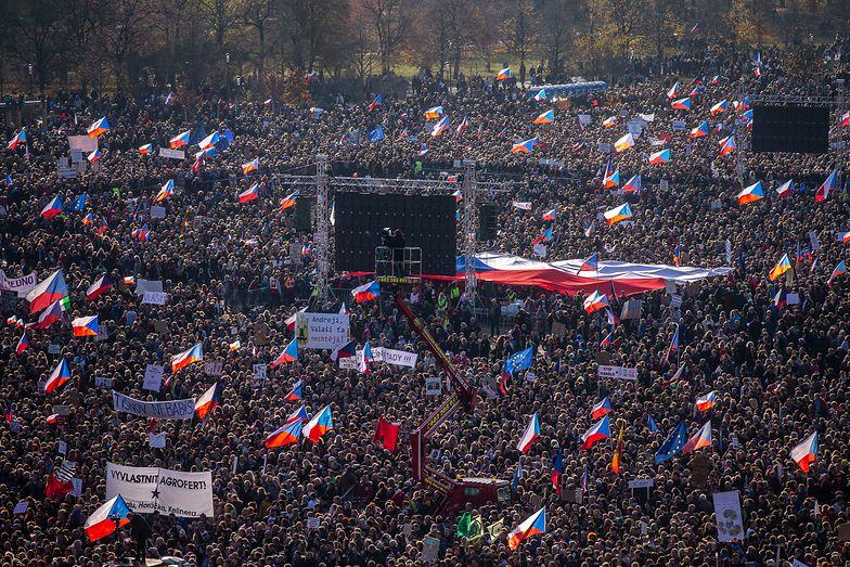 Czechy. Ludziom puściły nerwy. Tłumy żądają dymisji premiera