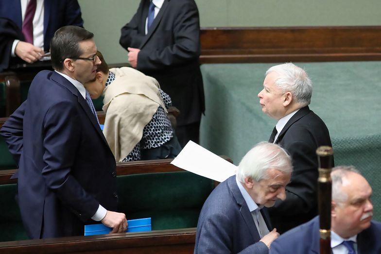 Koronawirus w Polsce. Mateusz Morawiecki i Jarosław Kaczyński podczas wtorkowych obrad Sejmu