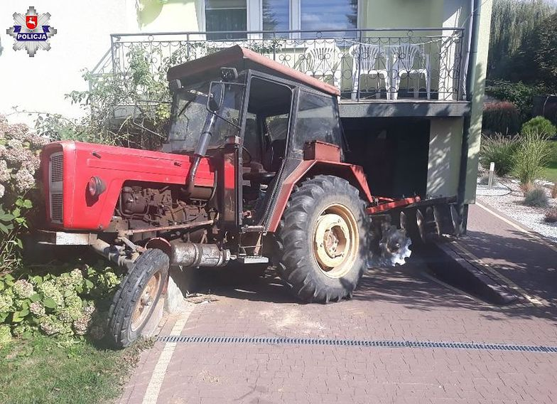 Puławy. Wjechał traktorem w dom sąsiadów