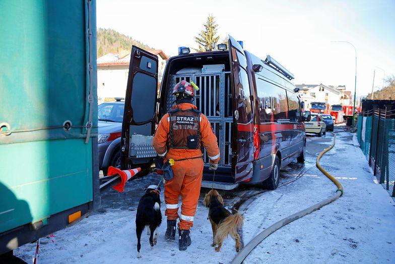 Gaz w Szczyrku nie wybuchł natychmiast, zbierał się pod ziemią przez jakiś czas - wyjaśniają eksperci.