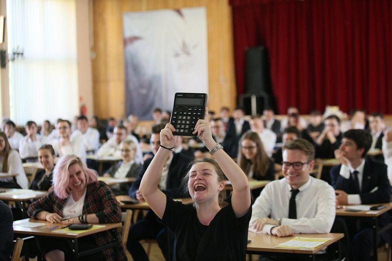 Egzamin z matematyki rozpoczął się o godz. 9