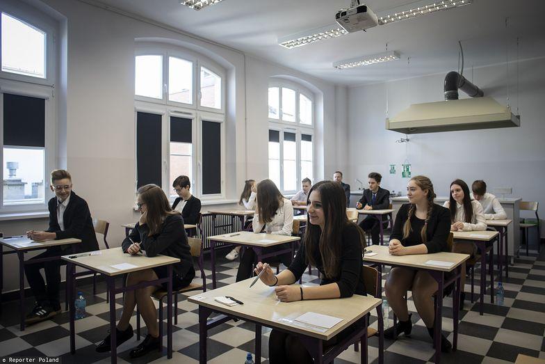 Egzamin ósmoklasisty pod znakiem zapytania