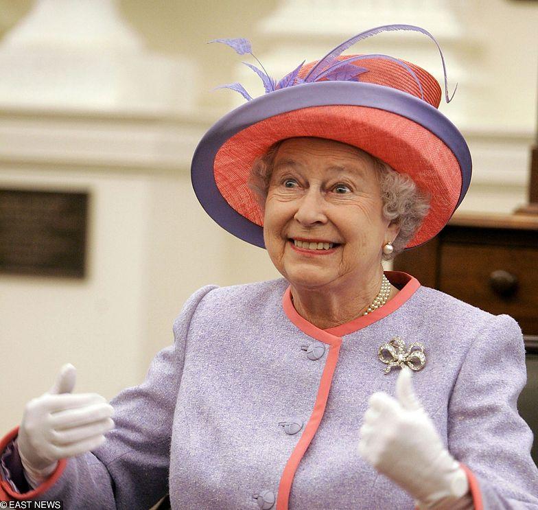 Królowa Elżbieta uszczypliwie skomentowała wygląd dziecka Meghan i Harry'ego