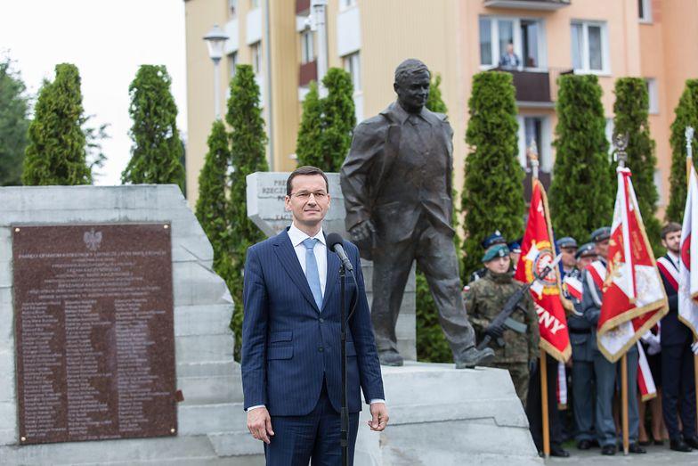 """Zmiana napisu na pomniku smoleńskim w Kraśniku. """"Jest to pewna niezręczność"""""""