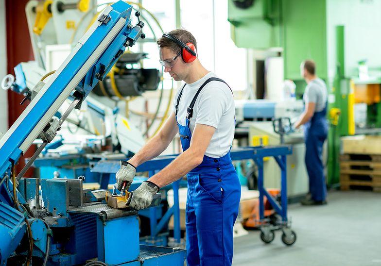Rynek pracownika ulega ciągłym przekształceniom z powodu postępu technologicznego.