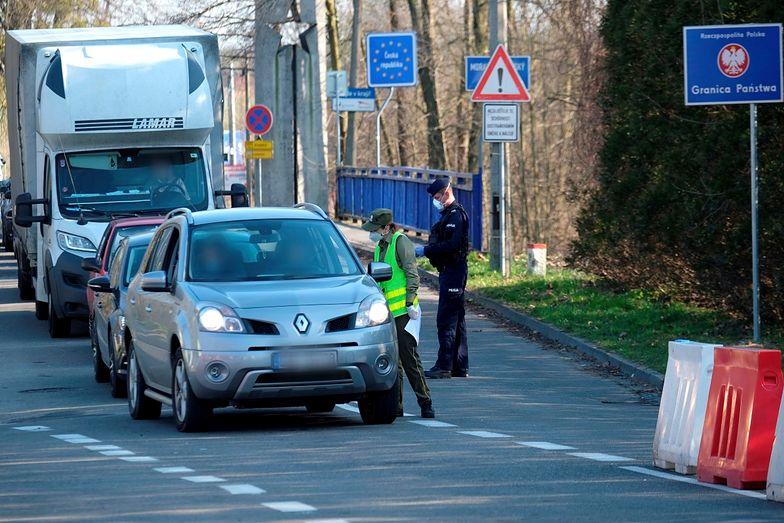 Koronawirus: Unia Europejska tymczasowo zamyka granice