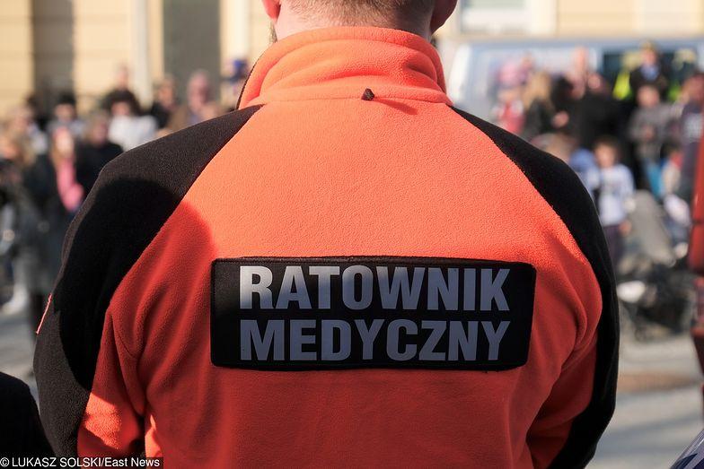 Wołomin. Pacjent pobił ratownika SOR. Coraz częściej personel medyczny pada ofiarą agresji.