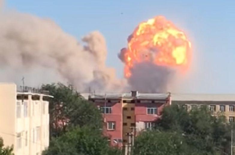 Kazachstan. Kula ognia nad miastem Arys. Masowa ucieczka po serii eksplozji