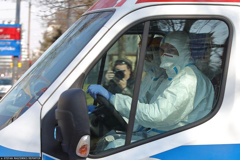 Koronawirus w Polsce. Lekarze ze szpitala zakaźnego w Warszawie przy ul. Wolskiej