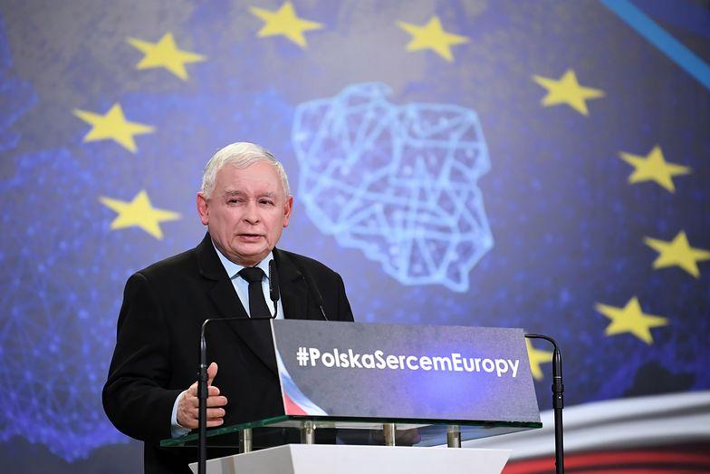 """Jarosław Kaczyński mówi """"nie"""" euro. Na razie"""