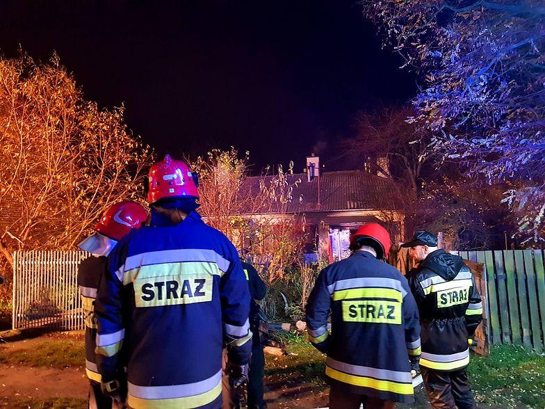 Tragiczny pożar w Ostrowcu Świętokrzyskim. Strażacy znaleźli ciało kobiety