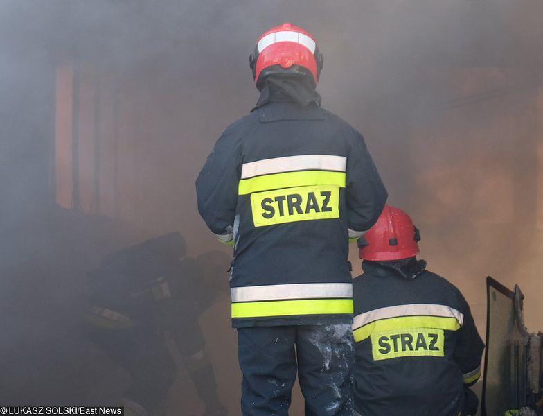 18-latek podpalił kamienicę w zemście na partnerce. Zginęło 2 dzieci