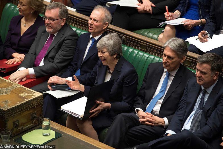 Theresa May zapowiedziała dymisję, ale wydaje się, że nawet to nie pomoże umowie z UE