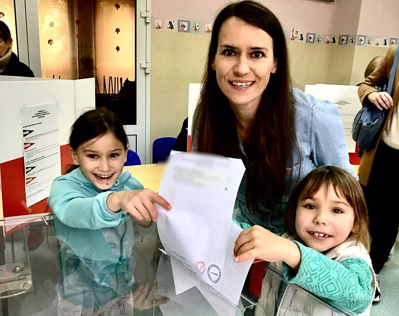 Posłanka złamała ciszę wyborczą? Zdjęcie Agnieszki Pomaski wywołało burzę