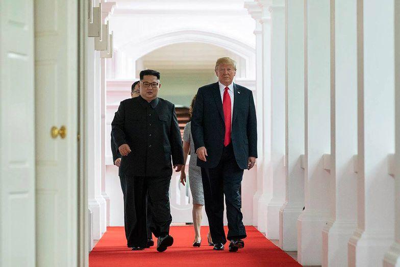 Kim Dzong Un na odsiecz Trumpowi. Korea Północna uderzyła we wrogów prezydenta USA