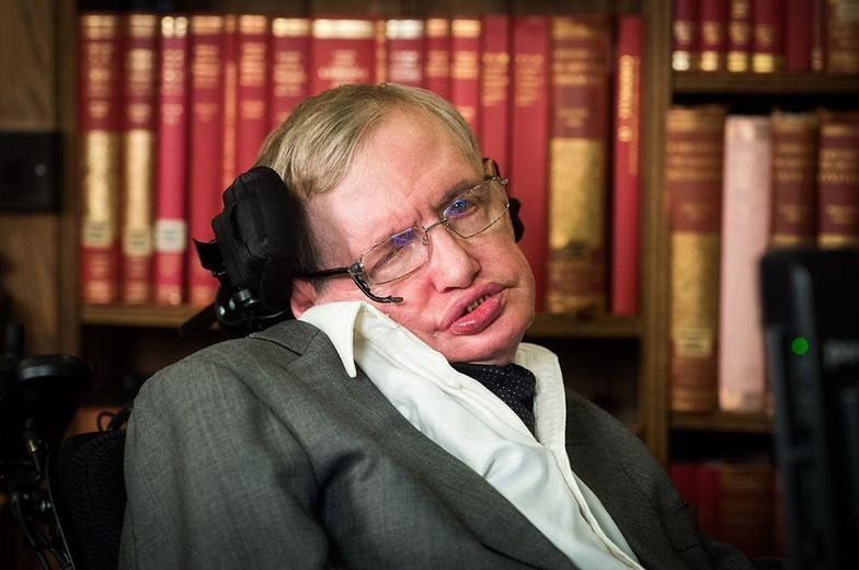 Ostatnia obawa Stephena Hawkinga. Bogaci stworzą rasę nadludzi i zniszczą ludzkość