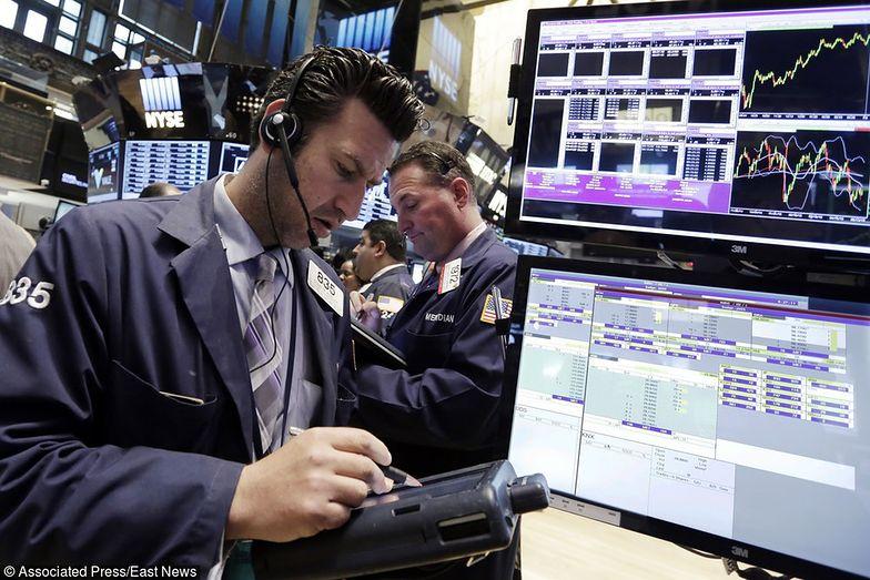 Zaskakujący przebieg miała ostatnia sesja na Wall Street.