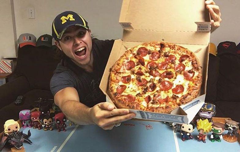 Jadł pizzę codziennie przez 367 dni. Oto efekt
