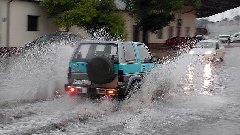 Pawłowice i inne miejscowości na Śląsku nawiedziły gwałtowne ulewy (zdjęcie ilustracyjne)