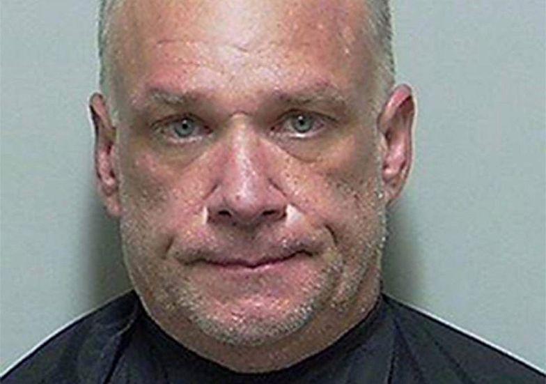 Mężczyzna chciał przetestować metamfetaminę na policji. Został aresztowany