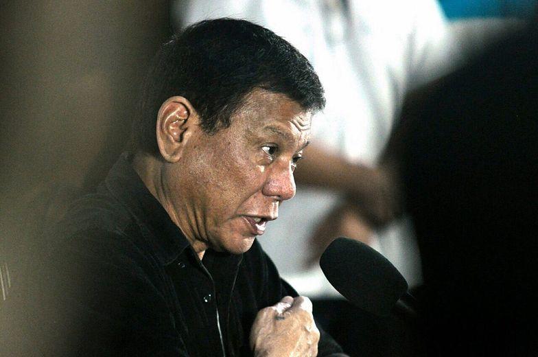 Prezydent Filipin szokuje. Wypowiedział się o księżach