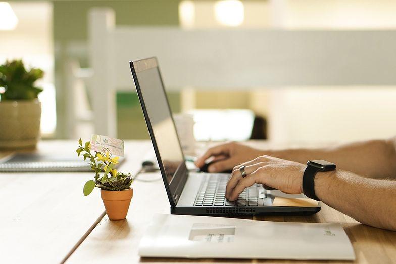 Pożyczka internetowa bez BIK - na co uważać?
