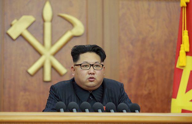 Z przedstawicielami służb Kim Dzong Una agent kontaktował się przez zaszyfrowane połączenia.