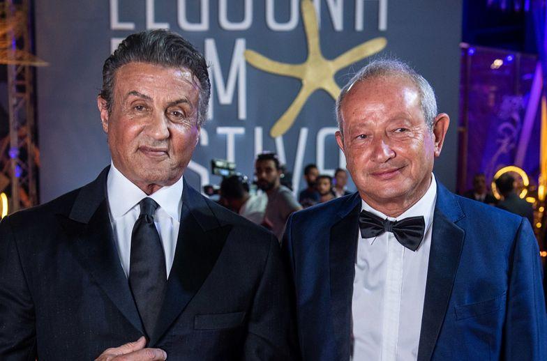 Koronawirus. Naguib Sawiris (z prawej) i słynny aktor Sylvester Stallone podczas festiwalu filmowego w miejscowości Al-Dżuna we wrześniu 2018 roku.