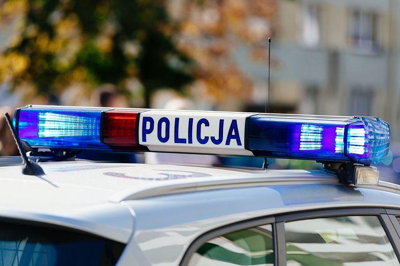 Zabójstwo w Słupsku. Przywiązał 45-latkowi telewizor do szyi i wypchnął go z 3. piętra