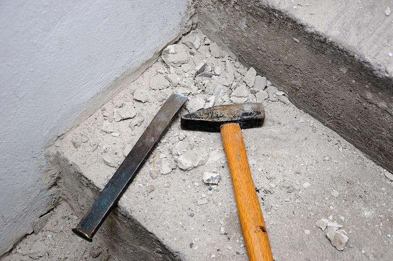Przebudowa to samowola budowlana, a ksiądz nie ma żadnych pozwoleń
