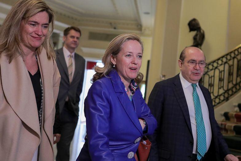 Hiszpański rząd sięga po kolejne radykalne środki w walce z koronawirusem