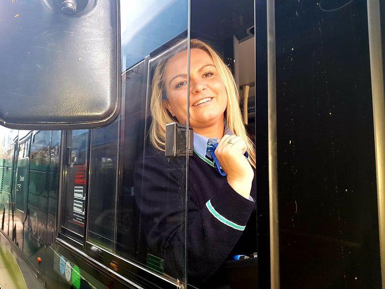 """Polka prowadzi autobusy w Londynie. """"Marzyłam o tym 9 lat, w końcu się udało"""""""