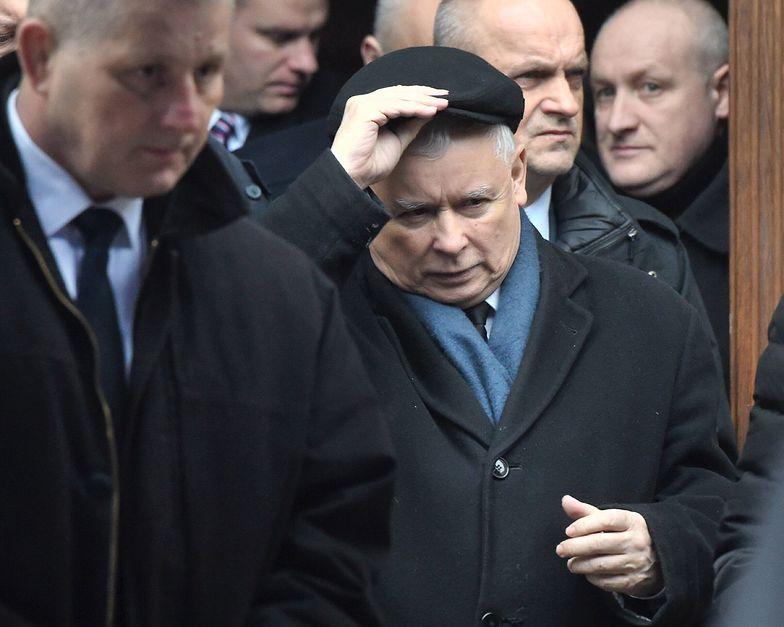 O wyjeździe Jarosława Kaczyńskiego poinformowała rzeczniczka PiS