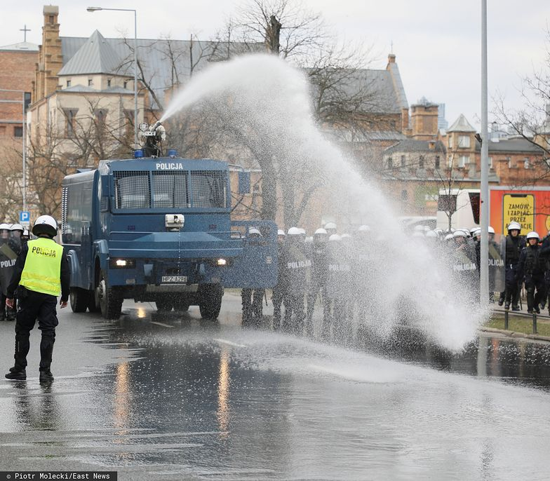 Polska policja w tym roku kupi pięć nowych armatek wodnych