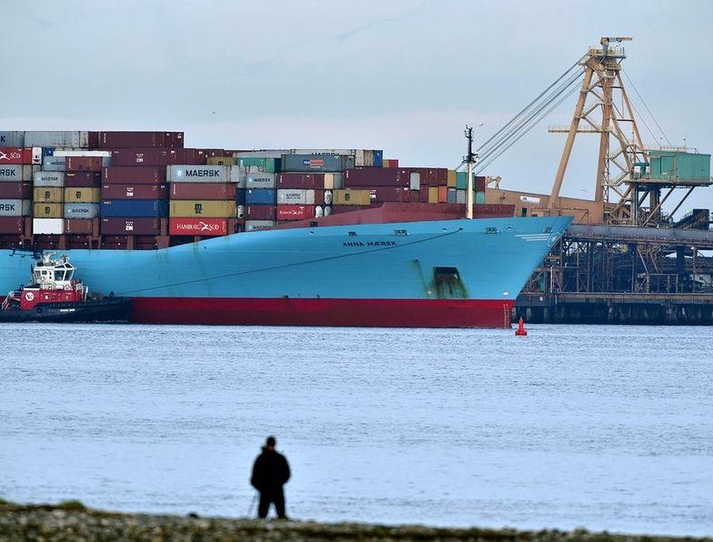 Statek z górą śmieci dotarł do Kanady. Filipiny triumfują
