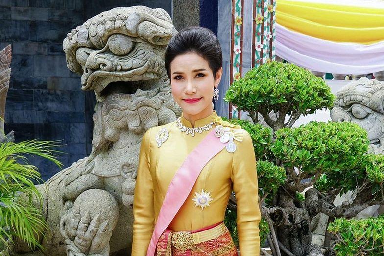 Sineenat Wongvajirapakdi król tajlandii żona kochanka
